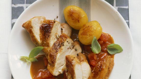 Rezept: Hähnchenfilet mit Balsamicosoße und gebratenen Kartoffeln