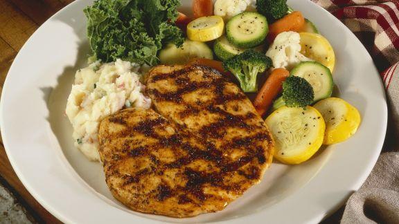 Rezept: Hähnchenfilet vom Grill mit Gemüse