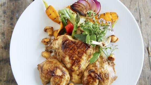 Rezept: Hähnchenkeule mit buntem Gemüse