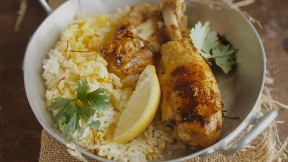 Rezept: Hähnchenschlegel mit gelbem Reis