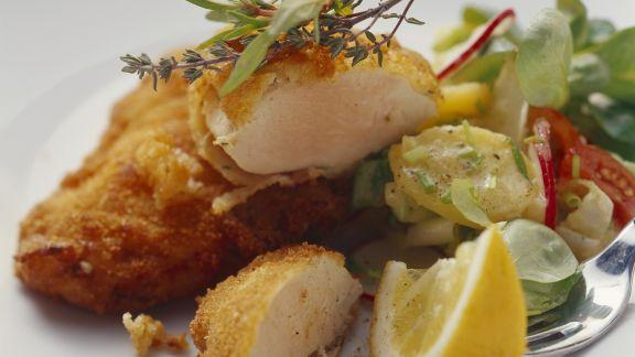 Rezept: Hähnchenschnitzel mit Kartoffel-Radieschen-Salat