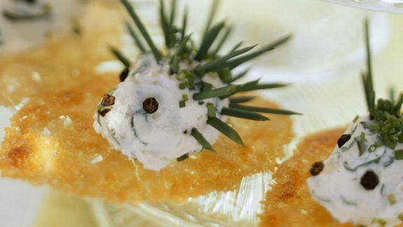 Rezept: Häppchen mit Frischkäse-Igel