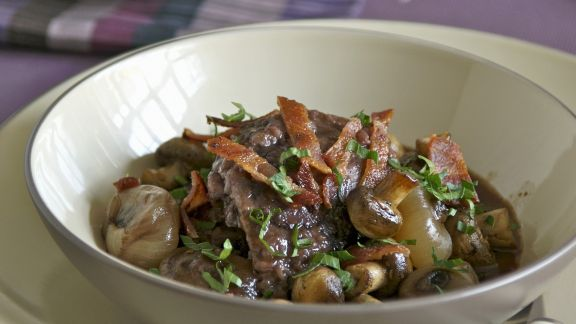 Rezept: Hahn in Weinsoße mit Kartoffeln (Coq au vin)