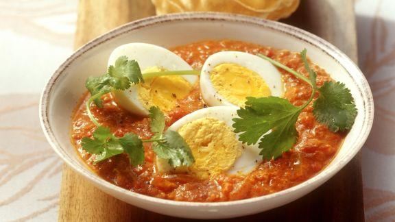 Rezept: Harte Eier in asiatischer Tomatensauce