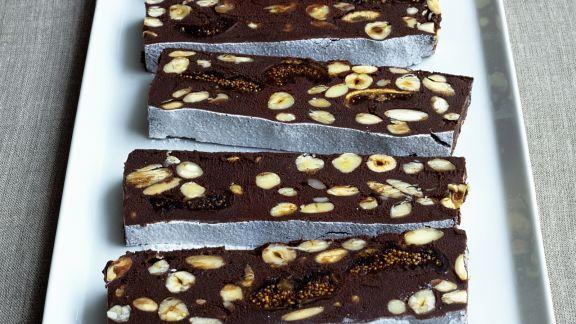 Rezept: Haselnuss-Schokolade mit Feigen