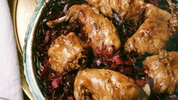 Rezept: Hasenstücke auf Rotkohl