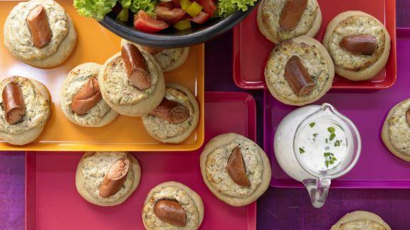 Rezept: Hefeküchlein mit Salat