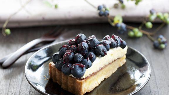 Rezept: Heidelbeer-Buttercreme-Kuchen