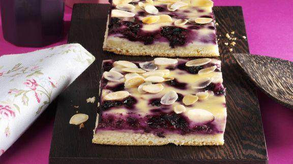 Rezept: Heidelbeer-Käsekuchen mit Mandeln