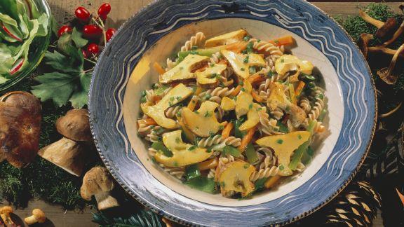 Rezept: Herbstlicher Nudelsalat