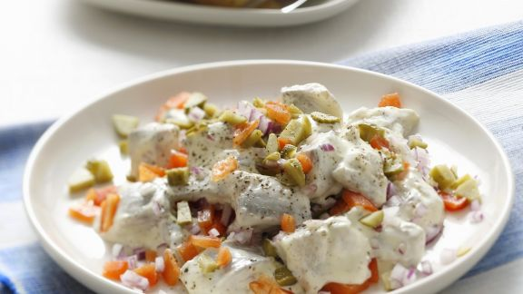 Rezept: Herings-Paprika-Salat mit Mayonnaise