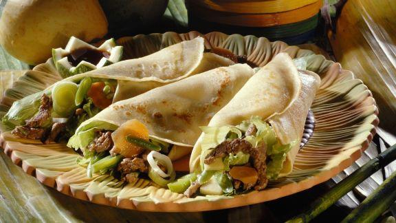 Rezept: Herzhafte Crêpes mit Fleisch, Bohnen und Bambus