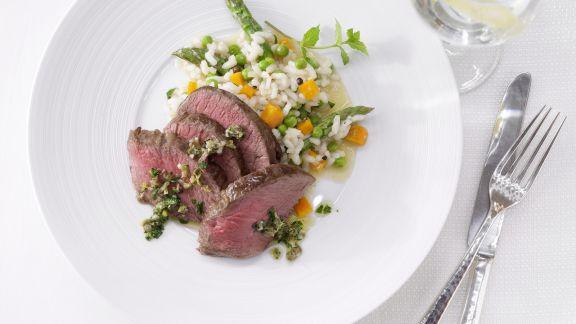 Rezept: Hirschrücken auf Gemüse-Risotto