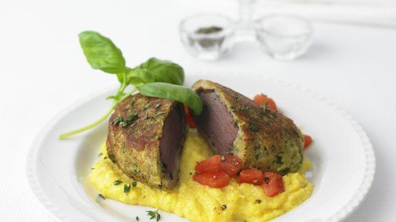 Rezept: Hirschrücken mit Kräuterkruste