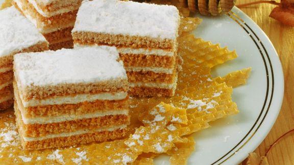 Rezept: Honigkuchen mit Cremefüllung