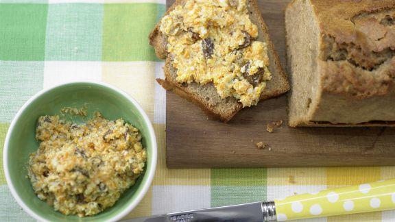 Rezept: Honigkuchen mit Orangencreme