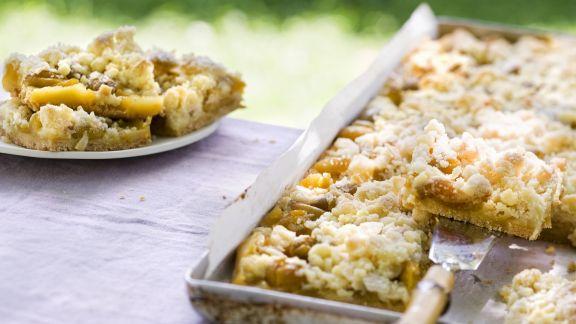 Rezept: Honigstreuselkuchen mit Mirabellen