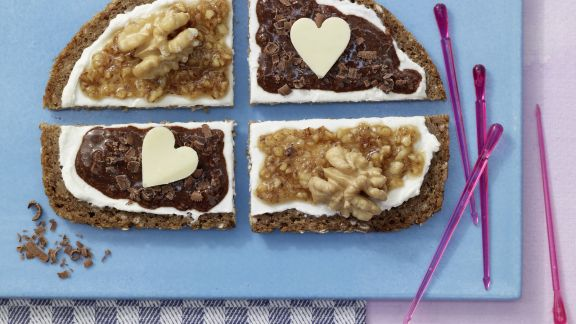 Rezept: Honigsüße Brotschnitten