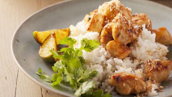 Rezept: Hühnchenstreifen auf Kokosreis