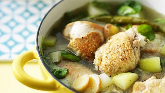 Rezept: Hühnchensuppe nach philippinischer Art