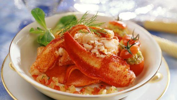 Rezept: Hummer und Tomaten mit Petersilie-Krabben-Füllung