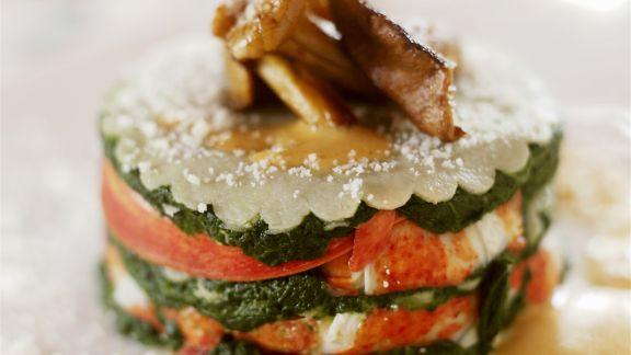 Rezept: Hummertürmchen mit Spinat