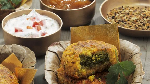 Rezept: Indisches Kartoffelküchlein mit Koriander (Aloo Tikki)