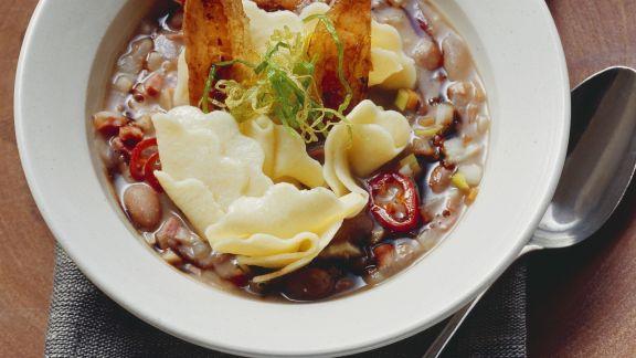 Rezept: Italienische Bohnensuppe mit Nudeln