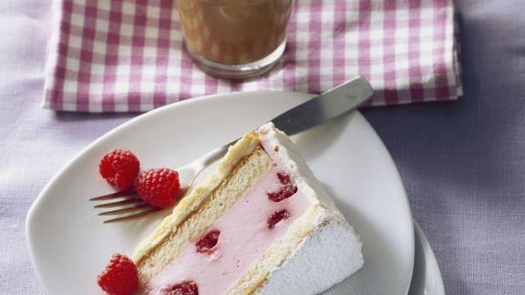 Rezept: Joghurttorte mit Himbeeren