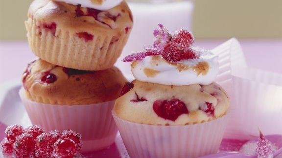 Rezept: Johannisbeer-Baiser-Muffins