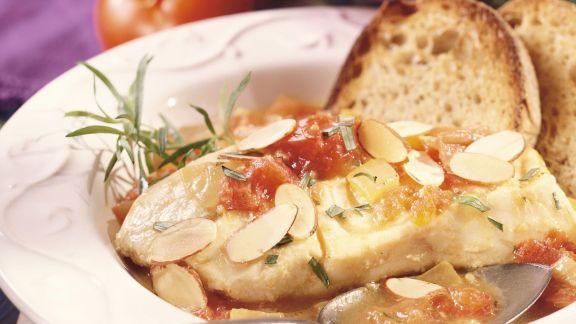 Rezept: Kabeljau mit Tomatensugo und Mandeln