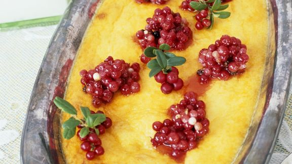 Rezept: Käsekuchen auf schwedische Art mit Johannisbeeren