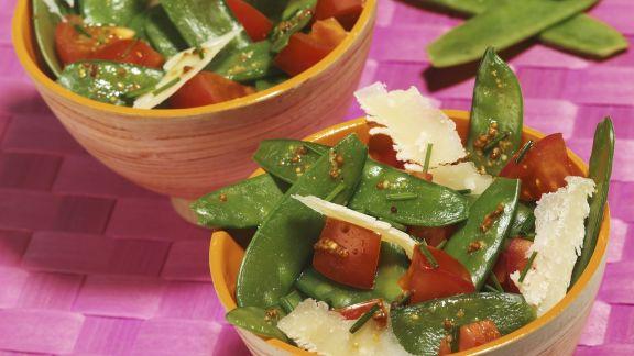 Rezept: Kaiserschotensalat mit Parmesan