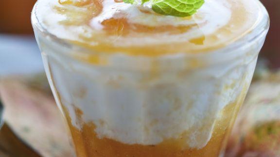 Rezept: Kaki-Kürbis-Marmelade mit Joghurt