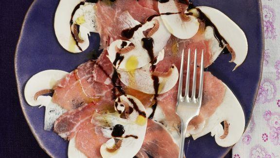 Rezept: Kalbs-Carpacccio mit Pilzen