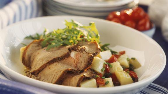 Rezept: Kalbsbraten mit Paprika-Kartoffel-Salat
