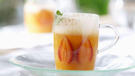 Rezept: Kalte Erdbeer-Melonen-Suppe