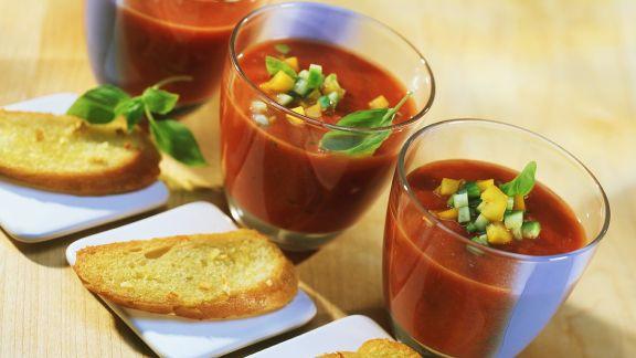 Rezept: Kalte Gemüsesuppe