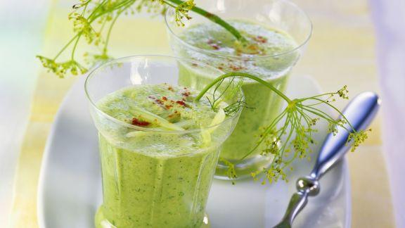 Rezept: Kalte Gurkensuppe mit Joghurt