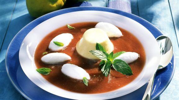 Rezept: Kalte Quittensuppe mit Eischneenocken und Käsemousse