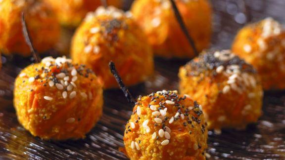 Rezept: Karottenkroketten mit Mohn und Sesam