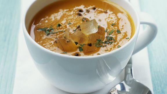 Rezept: Karottensuppe mit Kardamom und Aloe-Vera-Filet