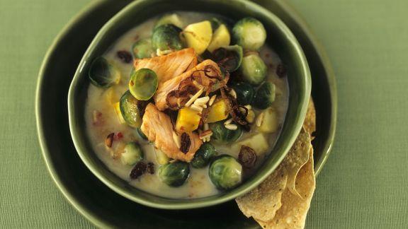Rezept: Kartoffel-Curry-Topf mit Sprossenkohl und Lachs