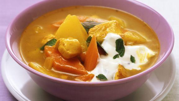 Rezept: Kartoffel-Hühnchen-Suppe mit Curry