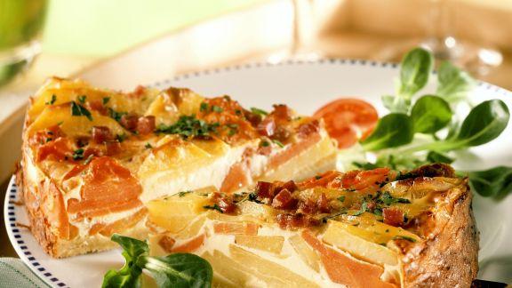 Rezept: Kartoffel-Karotten-Kuchen mit Schinken