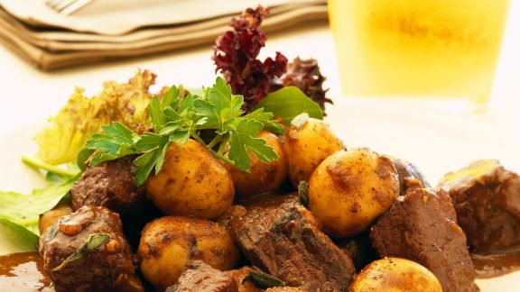 Rezept: Kartoffel-Rindfleisch-Topf