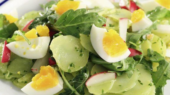 Rezept: Kartoffel-Rucola-Salat mit Eiern