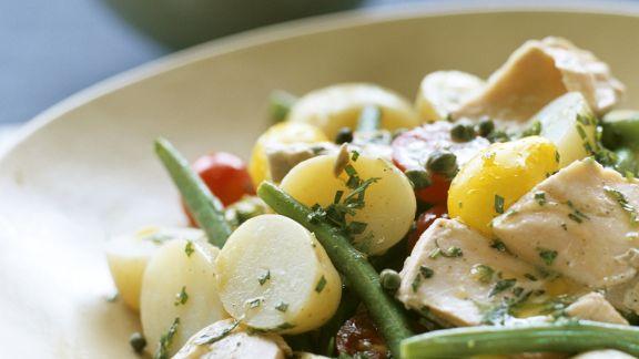Rezept: Kartoffel-Thunfischsalat mit grünen Bohnen und Tomaten