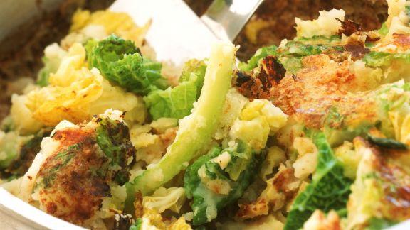 Rezept: Kartoffel-Wirsing-Gratin auf englische Art (Bubble and squeak)