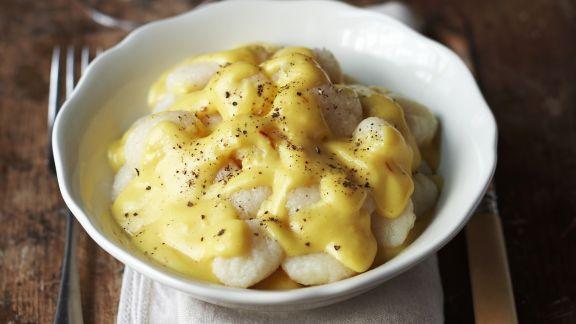 Rezept: Kartoffelgnocchi in Weißwein-Safran-Sauce